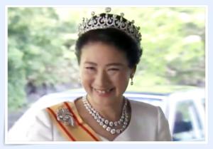 皇后陛下,ティアラ