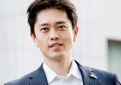 【画像】吉村知事の嫁が美人!北海道出身の元CAで性格や評判は?