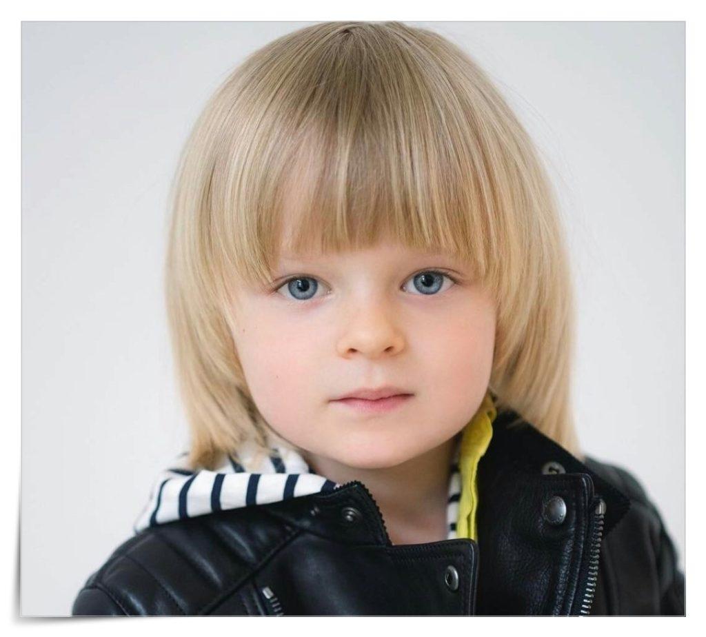 プルシェンコの息子サーシャのダウンのブランドはGUCCIで可愛い!