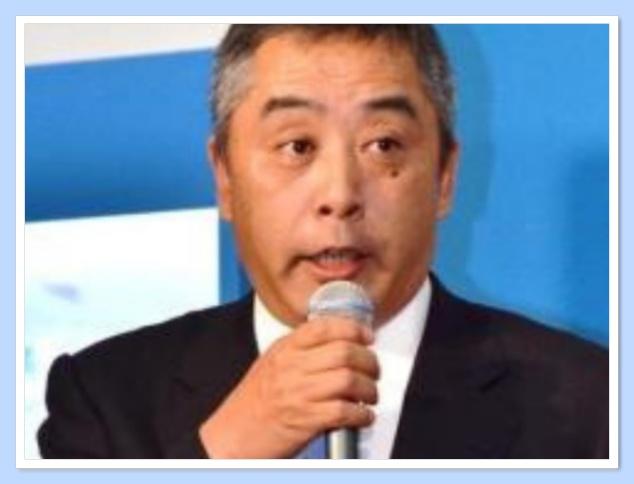 吉本の岡本社長はダウンタウンの元マネージャー!平社員から社長へ